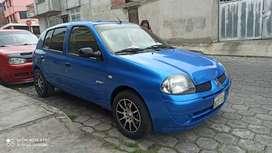 Vendo un impecable Renault Clio año 2002 vehículo flamante 0 choques vercion RXT FULL equipo al día