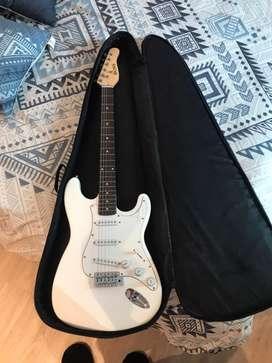 Guitarra elecrica BOSS con amplificador