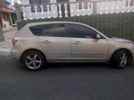 Vendo Mazda 2007 hjasbak ful aire