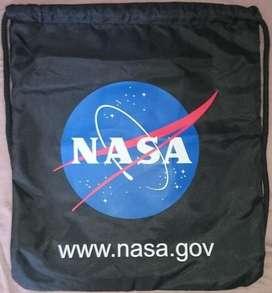 Mochila Multiusos con Cordón Ajustable de la NASA