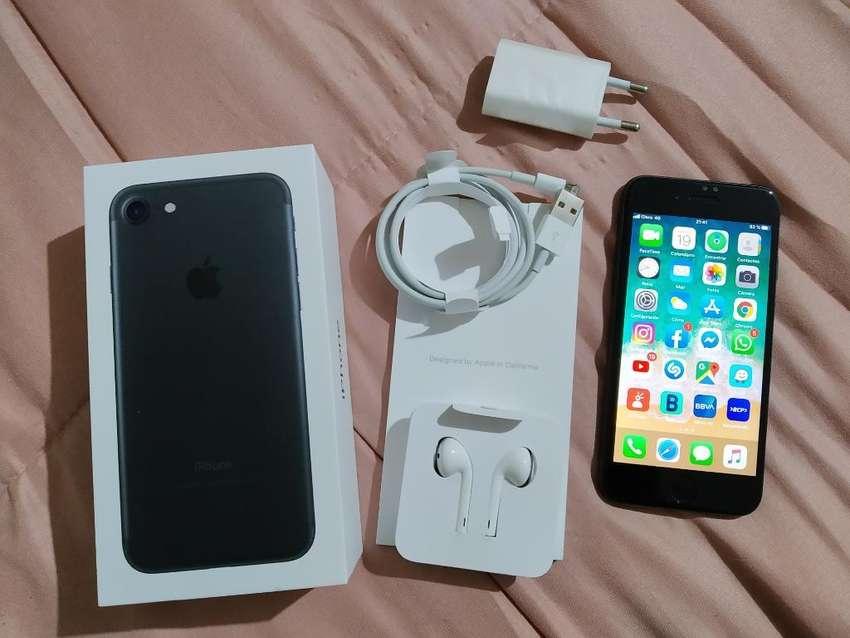 iPhone 7 32gb Negro Mate Caja Y Garantia 0