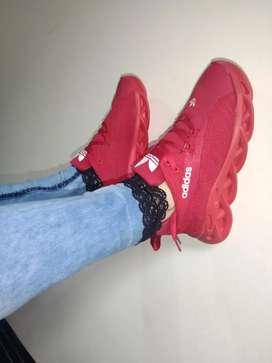 Tenis Adidas rojos