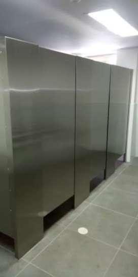 Diviciones de baño industrial en acero inoxidable