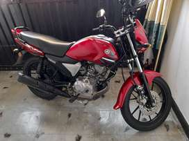 Se Vende Moto Ycz Excelente estado Todo al Dia