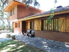 Casa Frente Al Valle En Sierra De Los Padres, Ideal Escapada