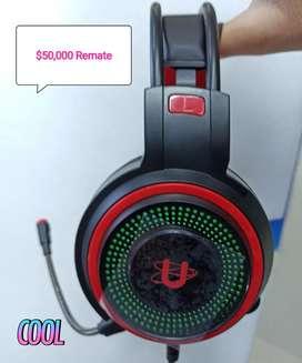 Diademas gamer URBAN LUCES RGB CABLE CONEXION USB PARA LUCES Y ESTEREO AL COMPUTADOR SONIDO HI-FI