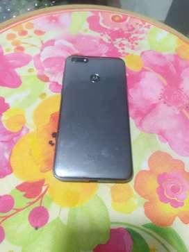 Motorola E6 play
