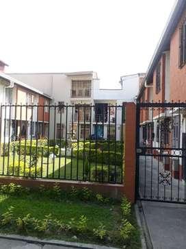 Alquilo apartamento LIBRE DE SERVICIOS
