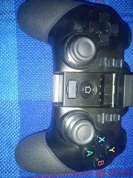 Vendo Mando Ipega PG-9076 o cambio por juego para PS4