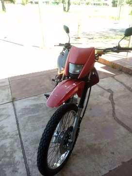 Se vende moto Cross