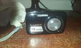 Cámara digital Panasonic Lumix DCM S3