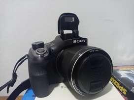 Cámara Sony DSC-H400 Compacta, poco uso en perfecto estado