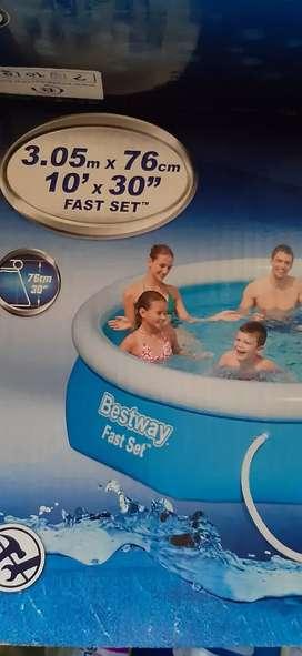 Se vende piscina familiar