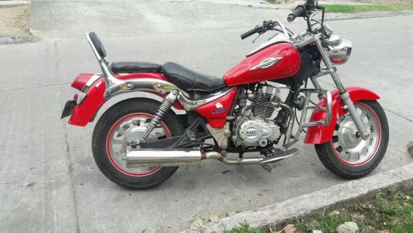 Vendo Moto o Cambio AMC 200 0