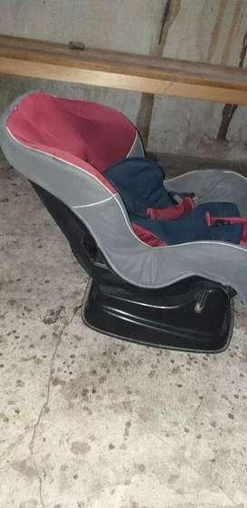 Vendo butaca silla para el auto de niño