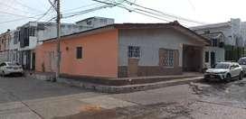 EN SAN FELIPE BARRANQUILLA,CASA CON APARTAMENTO DE ESQUINA.CON EXCELENTE UBICACIÓN.