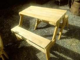 mesa banca en madera  convertible