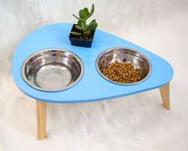 Comederos en madera para mascotas