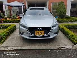 Mazda 3 gran touring vendo o permuto