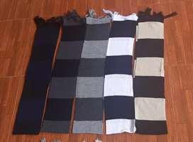 Bufandas de lana.
