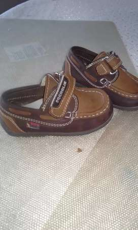 Zapatos talla 20