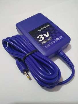 Adaptador De 3 voltios,  350 mA Radioshack