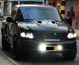 Ford Lobo 2004 automatica