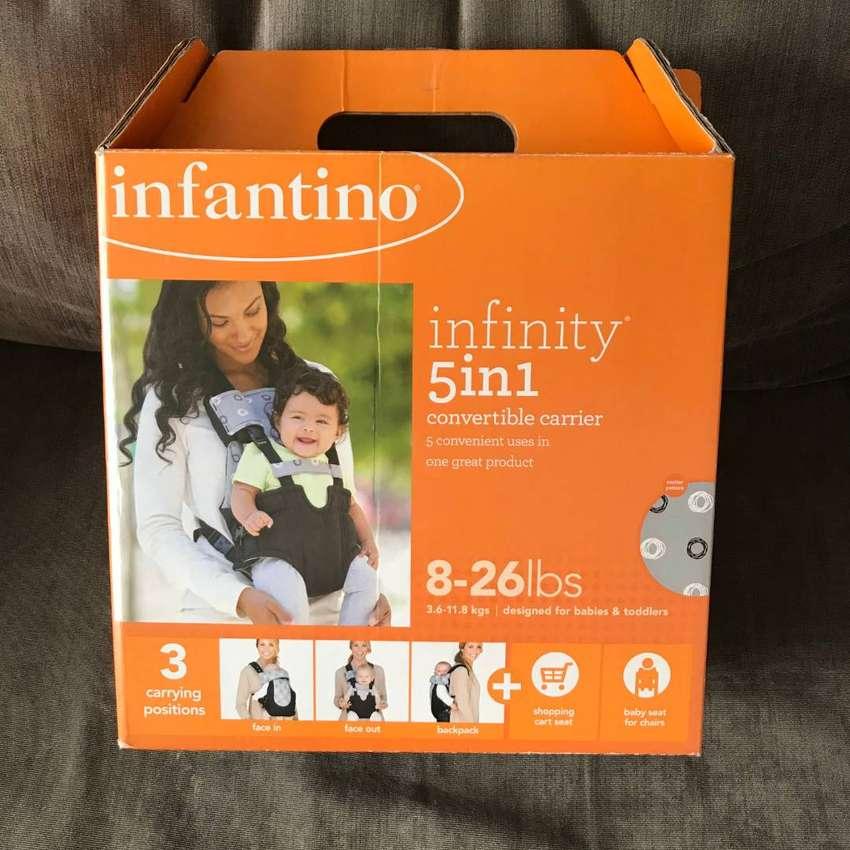 Cargador de bebé 5 en 1 - Infantino