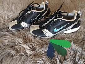 Botines Nike para mujer