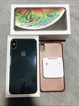 Se vende IPhone XS MAC de 256 GB