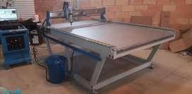 Vendo Máquina CNC A0