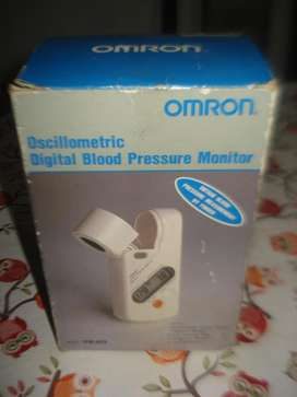 Tensiometro Omron Digital Para Dedo Gordo C/caja embalaje manual compl