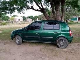 Clio mío Sporting 2001