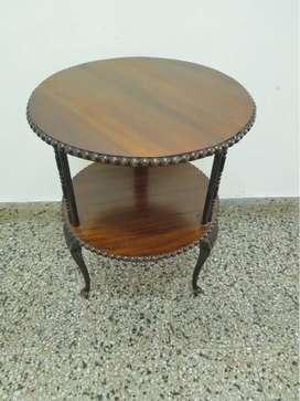 Gran mesa de sala estilo francesa luis xv,2 planos excelente