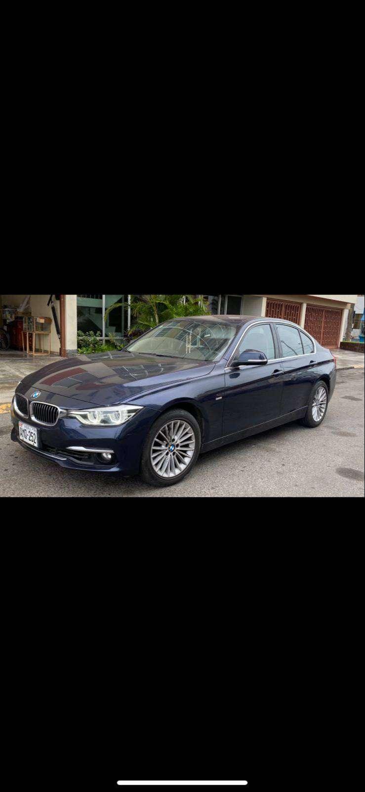 SEMI NUEVO BMW 318i. 2015. 24500km