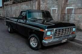 Camioneta Ford 150 clasica restaurada en venta!! Año 77
