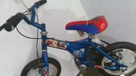 Bicicleta pequeña para Niño Spiderman