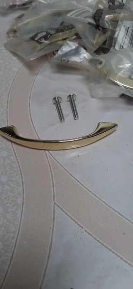 Tiradores-Manijas doradas para gabinete-nuevas
