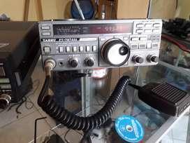 Radios vhf hf uhf