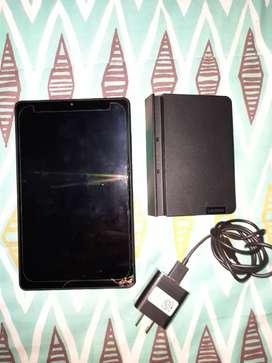 Tableta Lenovo smart tab M8 con avería para reparar o repuestos
