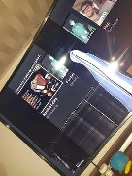 Vendo tv samsung curvo con control pantalla rota