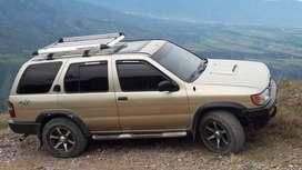 Nissan Pathfinder Diesel Qd32 4x4 Barata y buena