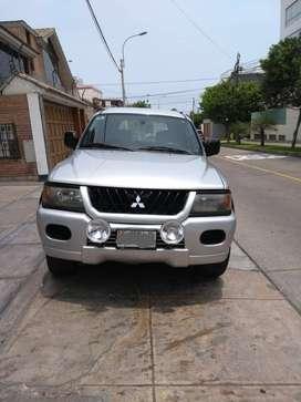 Mitsubishi Sport Montero 2003