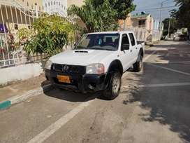 Camioneta Nissan Frontier 4x4 Diesel Modelo 2015 Blanca