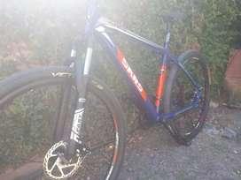 Bicicleta mtb r 29 0k 24 velocidades permuto