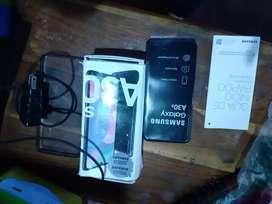 Vendo o cambio a30s por un a50 o un iPhone para hoy mismo entrego con accesorios
