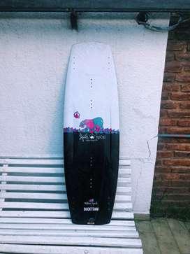 Tabla de wakeboard liquid force