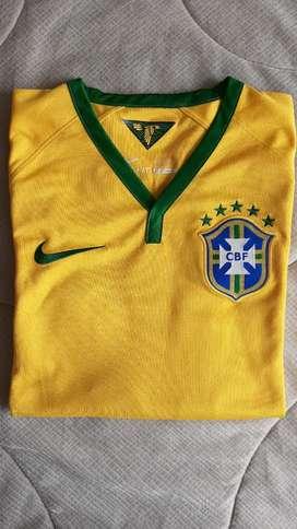 Camiseta fútbol Brasil 2014