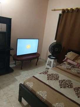 Hospedaje habitación amoblado casa familia
