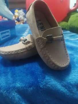 Zapato para niño talla 24